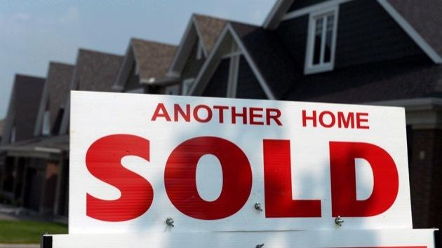Feds target housing market speculators