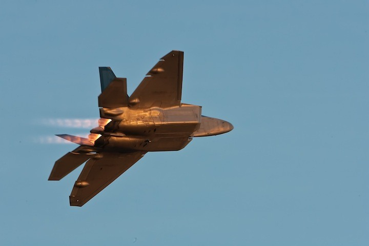 US F-22 shows off its air superiority in the skies over Abbotsford.