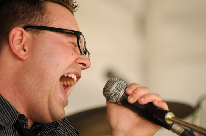 Jesse Peters performs during the 33rd annual Harrison Festival of the Arts at Harrison Hot Springs on Sunday afternoon.
