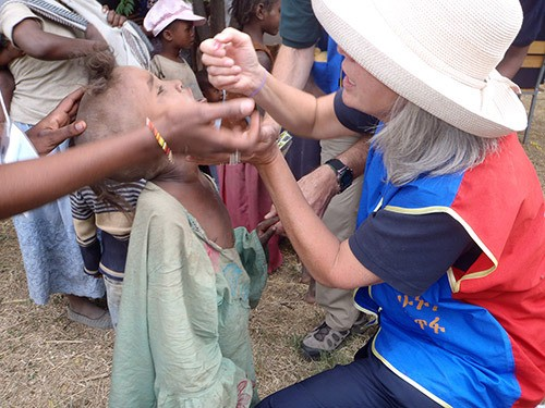 Chilliwack's Debora Soutar administers the polio vaccine to a child during her 2010 visit to Ethiopia as part of the Rotary Internationals World Polio Inoculation Day. The organization has vowed to eradicate polio around the world.
