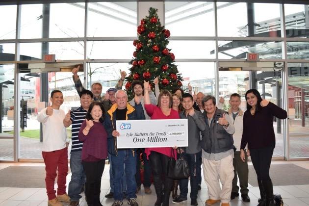 15 Delta colleagues win $1 million lottery