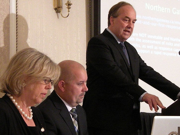 Green Party MLA Andrew Weaver speaks at event with federal party leader Elizabeth May and interim B.C. party leader Adam Olsen.
