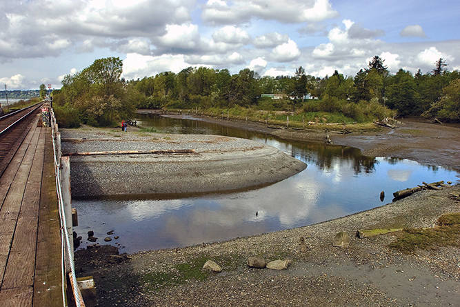 Semiahmoo First Nation emotions run high as water deadline