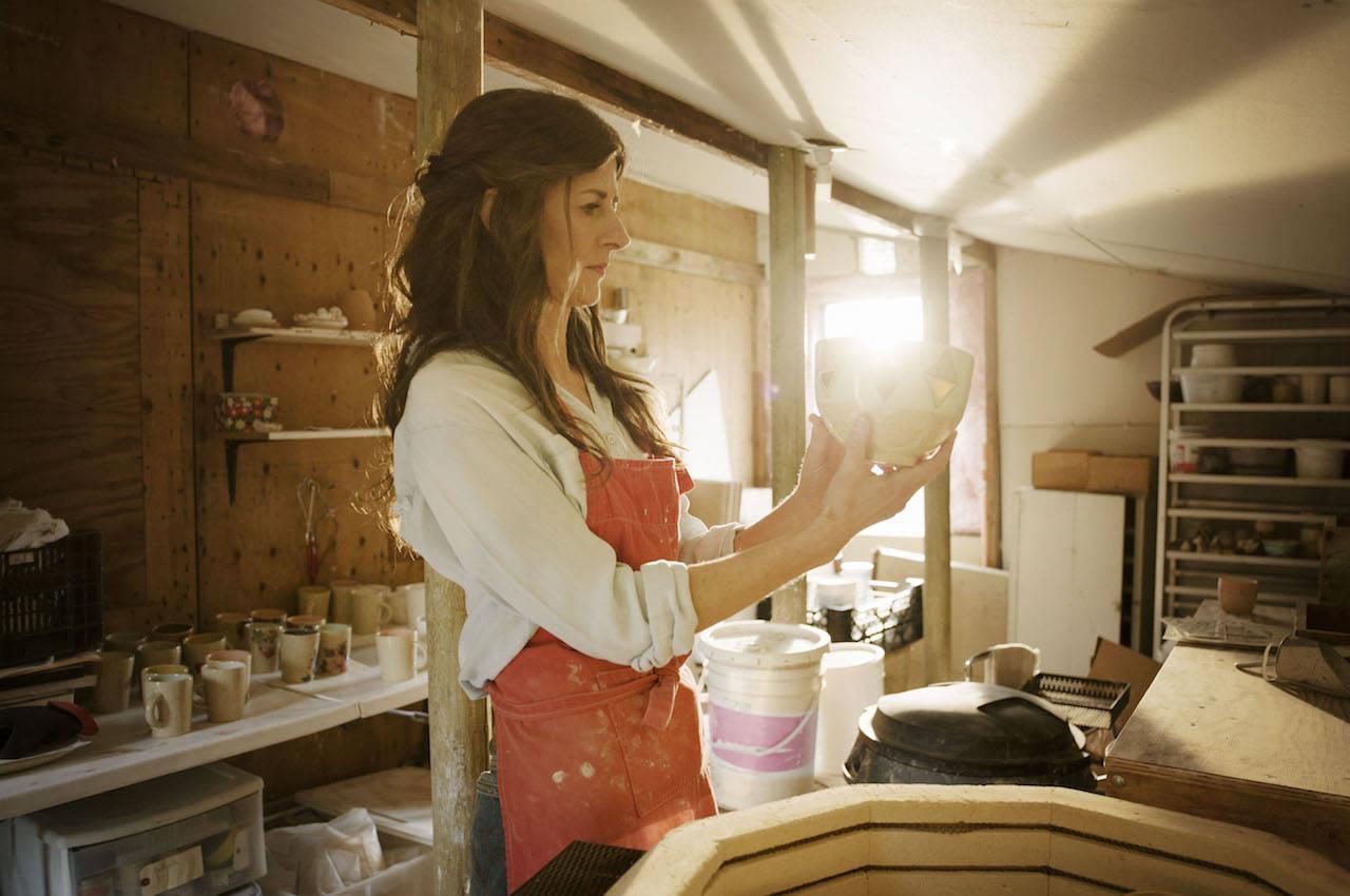 Local ceramics artist, Cathy Terepocki, collaborates with retail