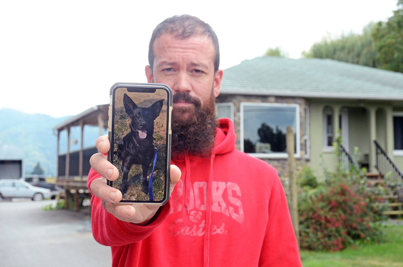 Chilliwack man feeling helpless about puppy stolen while at