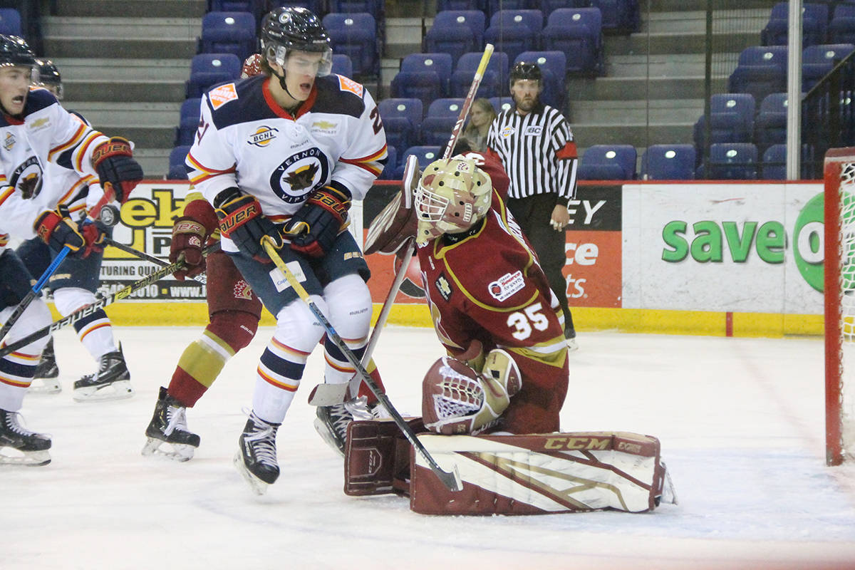 Road woes continue for Chilliwack Chiefs