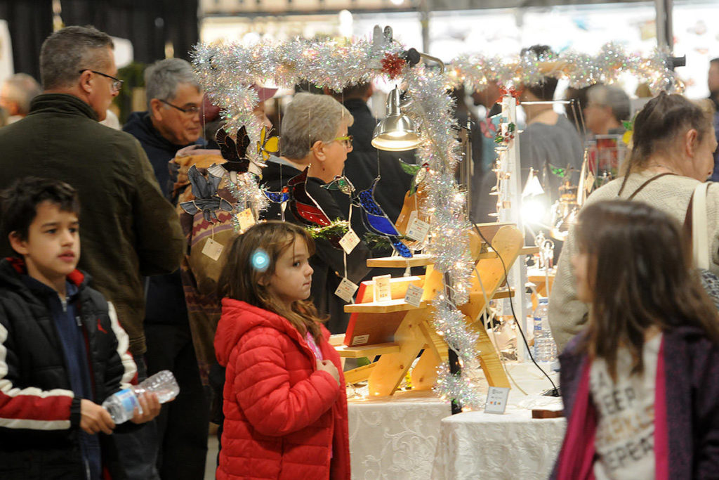 PHOTOS: Hand-made creations galore at Chilliwack Christmas Craft Market - Chilliwack Progress